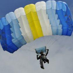 В России разработан новый стандарт на парашюты
