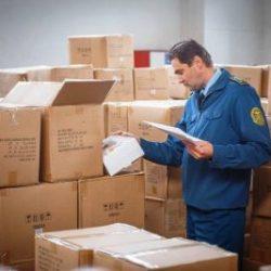Контрафактные товары впервые подарены нуждающимся